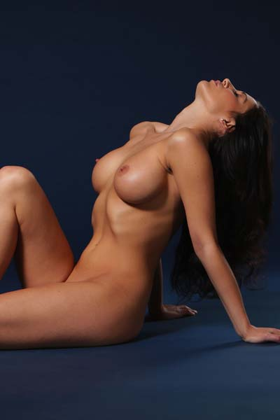 Model Rachelle Wilde in Blue Nudes