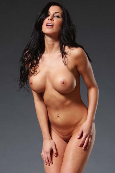 Model Rachelle Wilde in Striporama