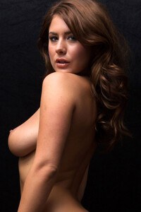 Model Sia Siberia in Hotness